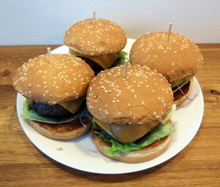 věž domácí hamburger